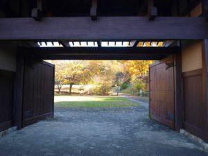長屋門から見た風景