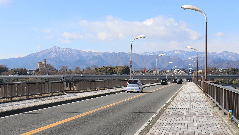 橋なのに坂!? 座間と厚木を結ぶちょっと変わった橋「座架依橋」